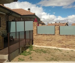 Vallas de cristal Segovia