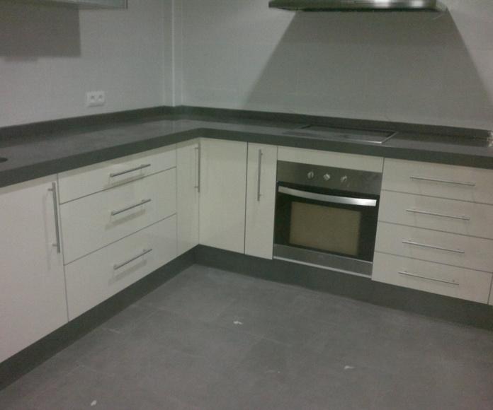 Encimera gris cemento spa de Silestone