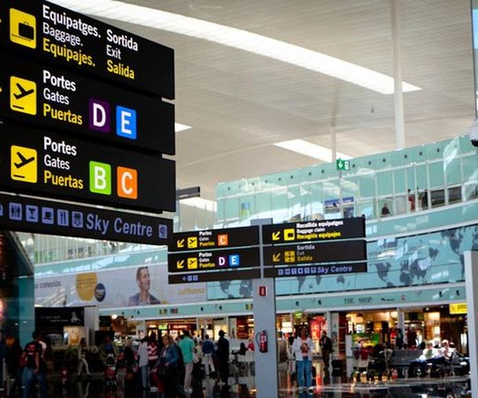 Servicio a puerto y aeropuerto: Servicios de Taxi 24 H Tarragona