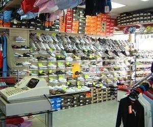 Galería de Tiendas de deporte en Madrid | Deportes Meta