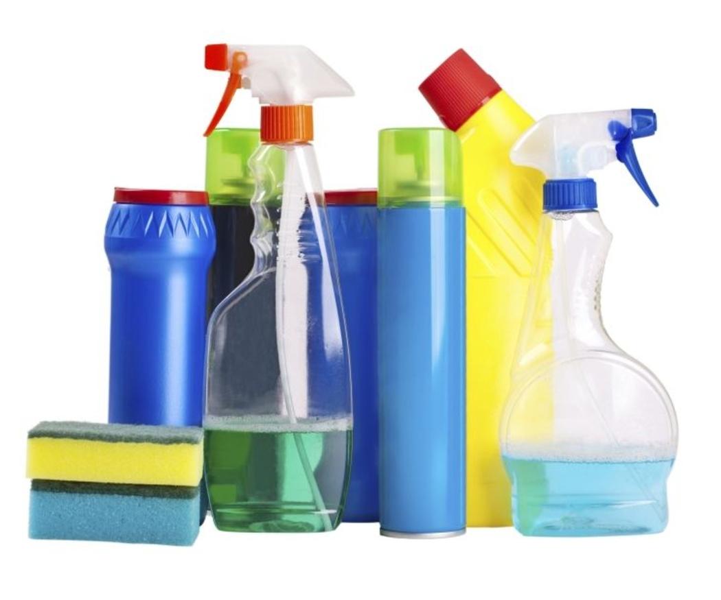 Consejos para reducir el uso de productos de limpieza peligrosos
