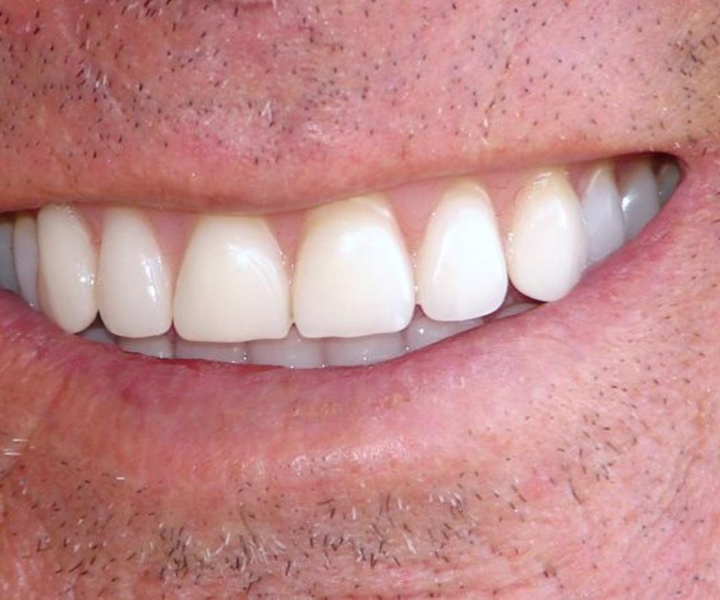 Más de 20 años cuidando de la salud de tu boca