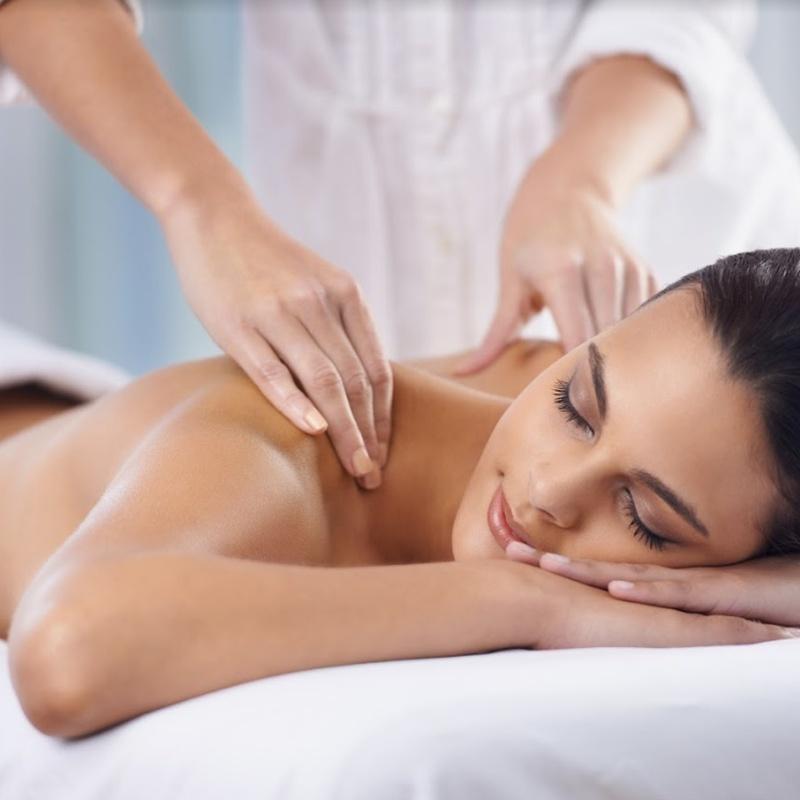 Tratamientos para ella: Servicios de Salón de Peluquería y Estética Iraga