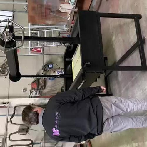 Barbacoa de hierro fabricada a medida y según diseño aportado por el cliente