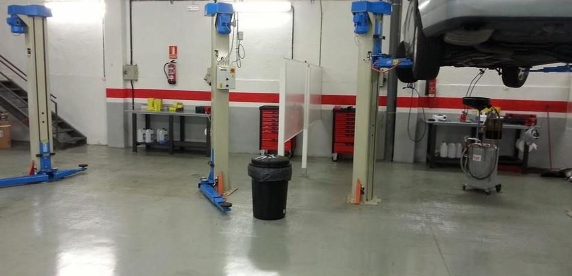 Servicio integral de reparación de automóvil y alquiler de box en Sabadell