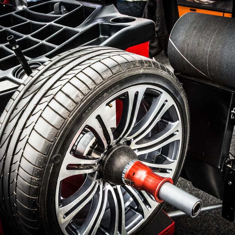 Montaje de neumáticos: Servicios de Talleres Montalvo