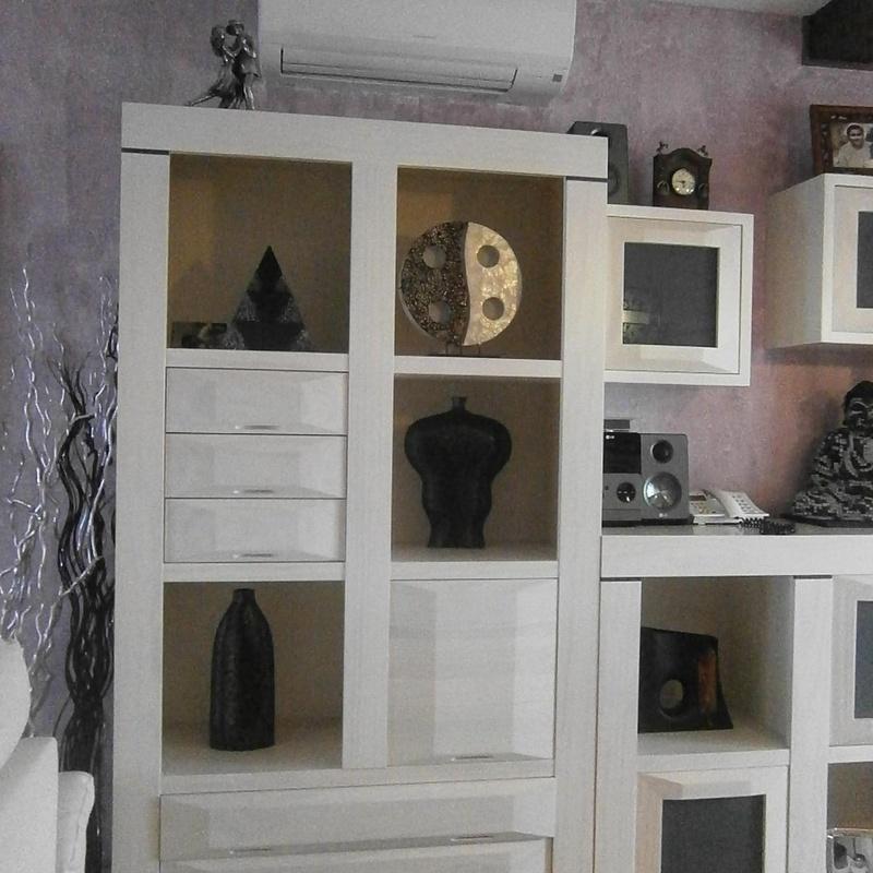 Mueble a medida de salón en madera maciza