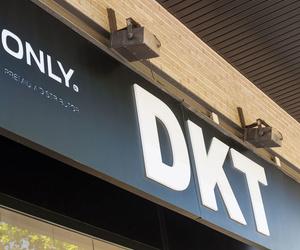 Ropa de mujer en DKT Santa Coloma de Gramenet (Barcelona)
