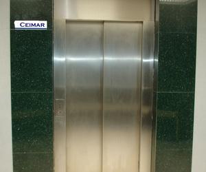 Ascensores de puertas automáticas en Tarragona y Barcelona