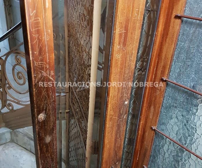 Restauración de cabinas de ascensor en el Eixample de Barcelona