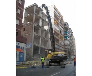 Demoliciones con brazo largo para alto alcance