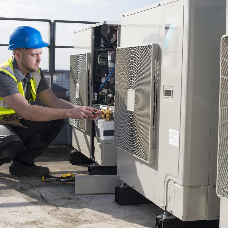 Bomba de calor aerotérmica: Nuestros Servicios de Calefacciones Lamfu