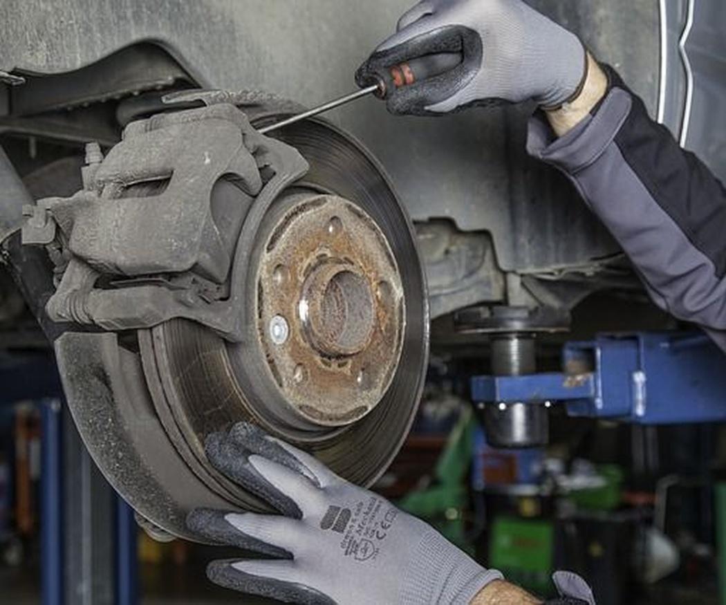 Frenos: partes y mantenimiento