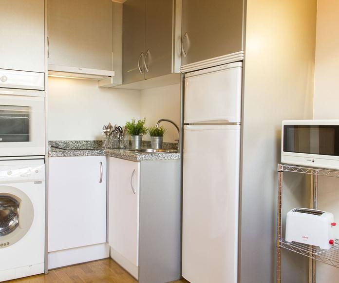 Cocina apartamento 2 pax.
