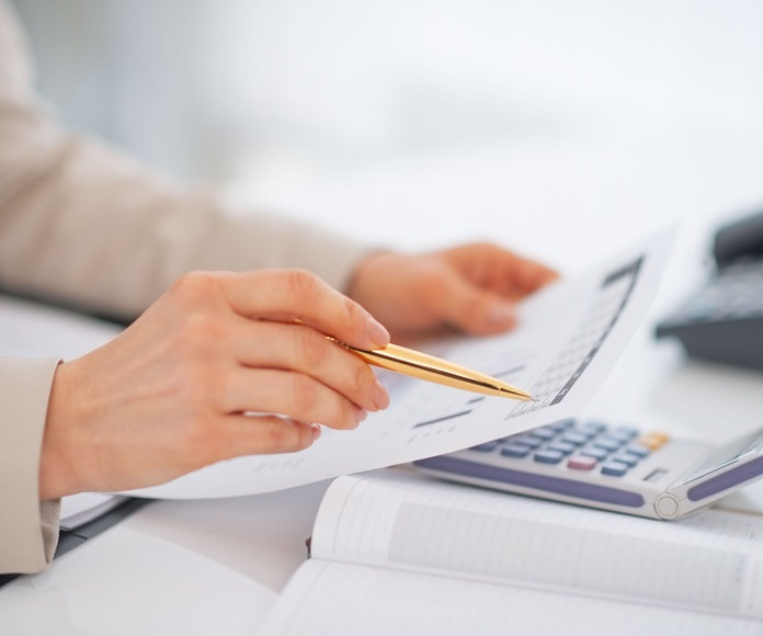 Fiscal, contable: Servicios de Gestoría Cáliz