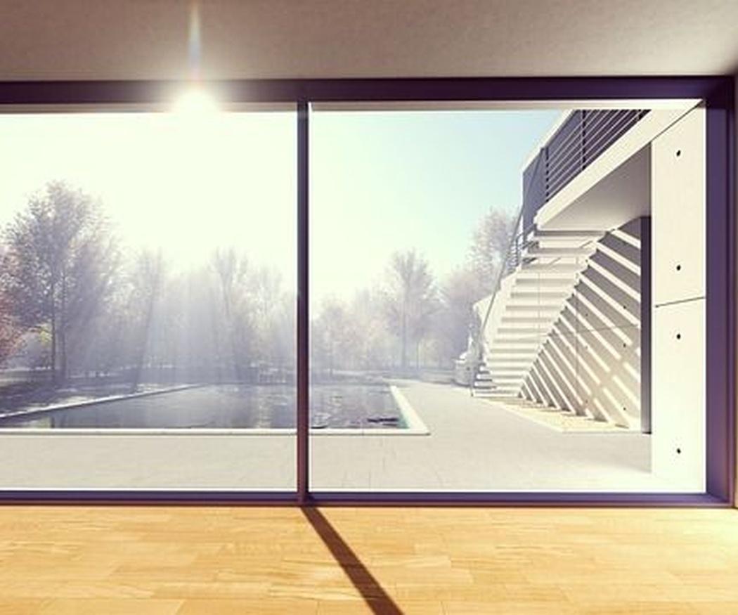 ¿Por qué cerrar tu terraza en Valencia con una cortina de cristal?