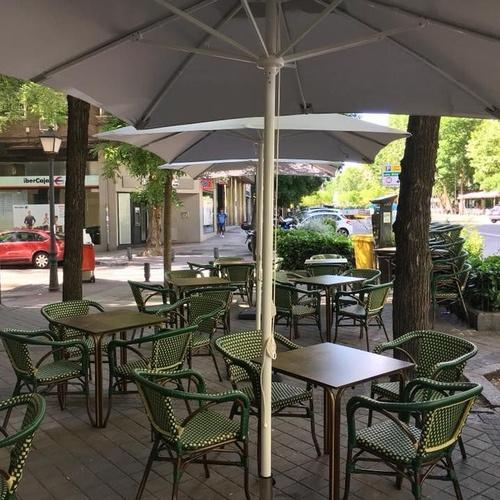 Restaurante con terraza Chueca