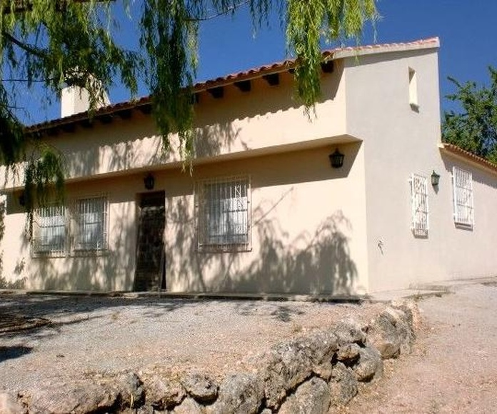 Chalet en Pantano San Clement: Inmuebles de PP Luis Gestión Inmobiliaria