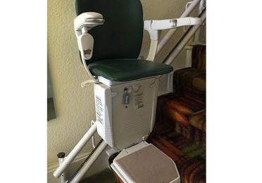 Montacargas y sillas salvaescaleras