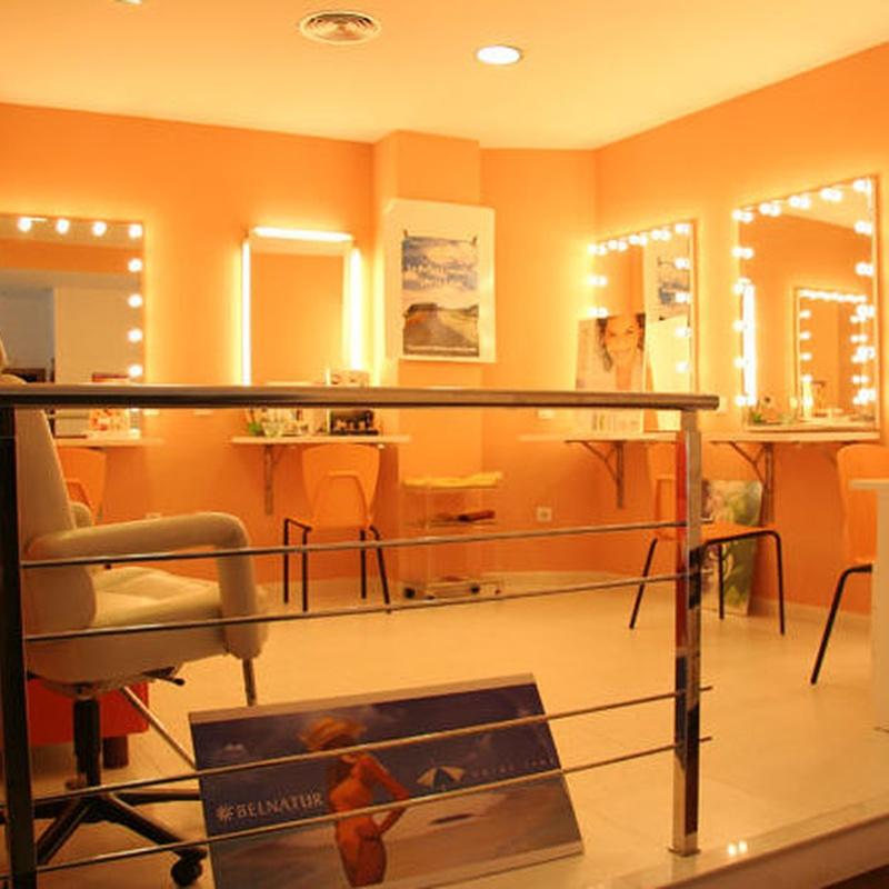 Gabinete estética : sala maquillaje.