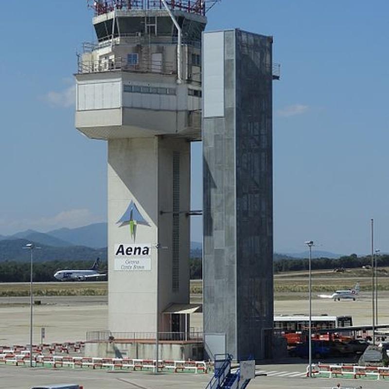 Aeropuerto de Girona: Servicios de Taxis Bages