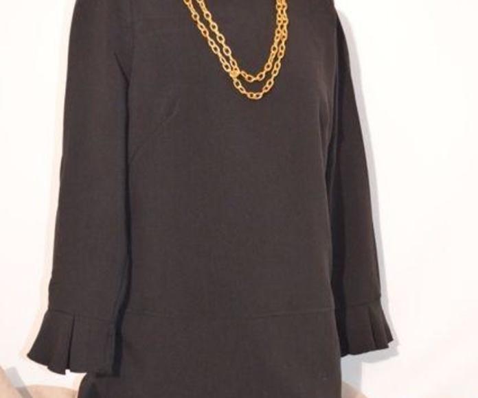 Vestido negro: Catálogo de Ste Odile Decoración