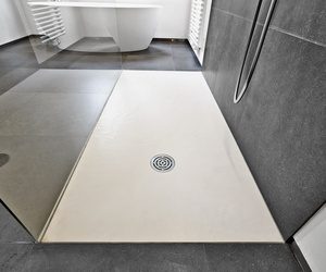 Mamparas y platos de duchas para baños en Peñafiel