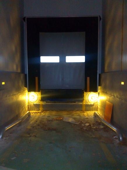 Abrigo de muelle de carga plataforma automática (punto completo): Puertas automáticas  de Farem Puertas Automáticas
