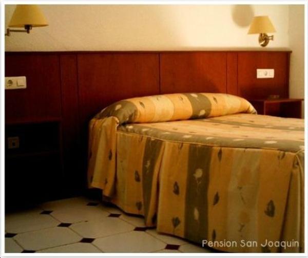 Habitaciones individuales: Servicios de Pensión San Joaquín