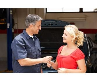 Accesorios deportivos : Servicios  de Coronado Motor