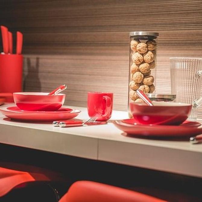 ¿Conoces el material más resistente e impermeable para tu cocina?