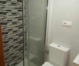 Cambiar bañera por ducha Gijon. Gresastur