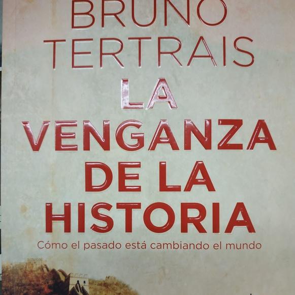 La venganza de la Historia: SECCIONES de Librería Nueva Plaza Universitaria
