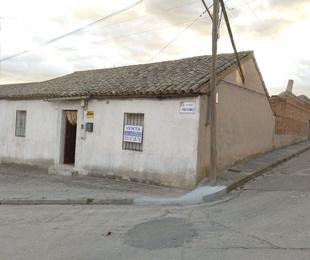 Casa de pueblo en Burujón
