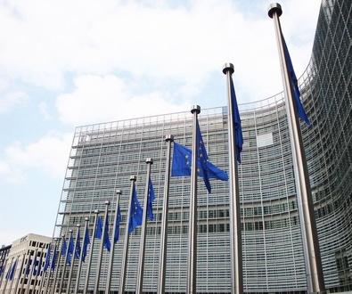Bruselas arremete contra la ingeniería fiscal de las multinacionales