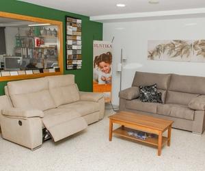 Sofás y tienda de muebles en Creixell