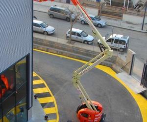 Galería de Plataformas elevadoras en Reus | Eleva Rent