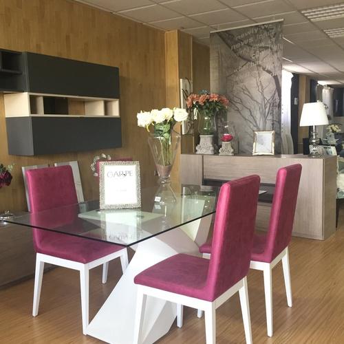 Salones y comedores en tienda de muebles en Murcia