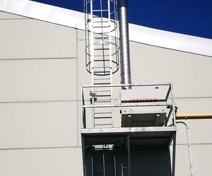 Fabricación de escalera con guarda hombre. Cerrajería Miguel Ángel