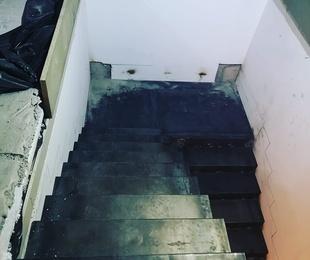 Escaleras metálicas en Las Rozas