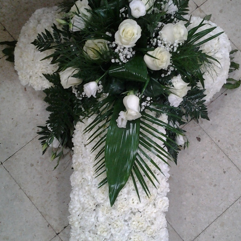 Cruz: Servicios de Arte Flor