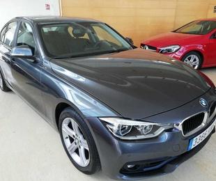 BMW Serie 3 318dA Business 4p