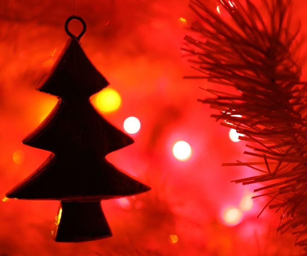 Consejos para ahorrar electricidad en Navidades