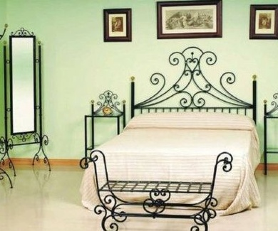 Tienda online muebles de forja