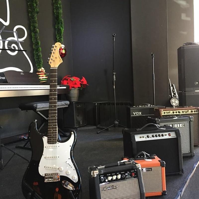 Alquiler de equipos: Música e instrumentos de Instrumentos Colmenar