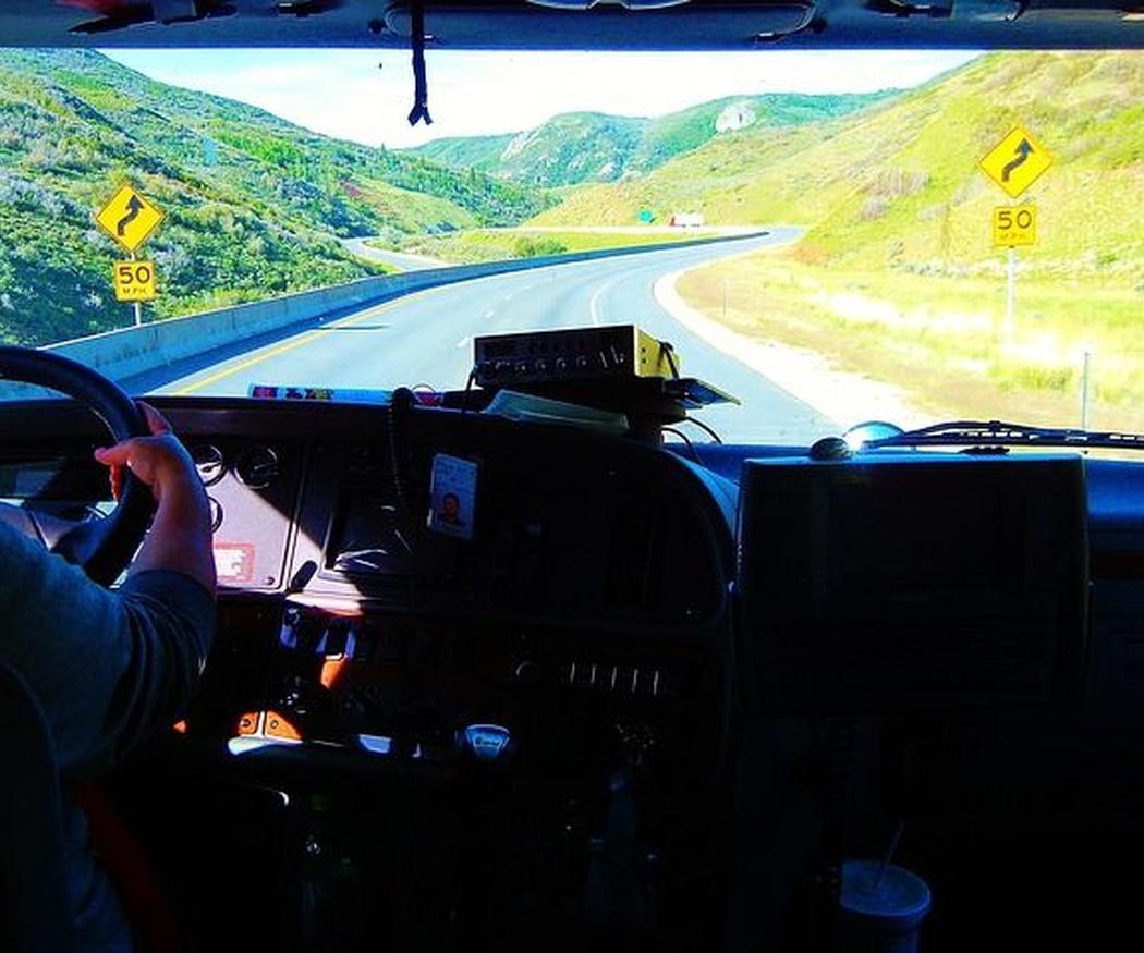 Cómo detectar el cansancio a tiempo al conducir un camión