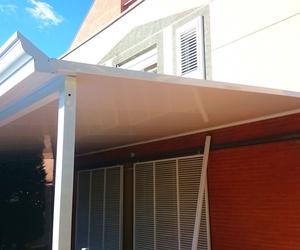 tejado en acoustic de 52mm y canalon decorativo