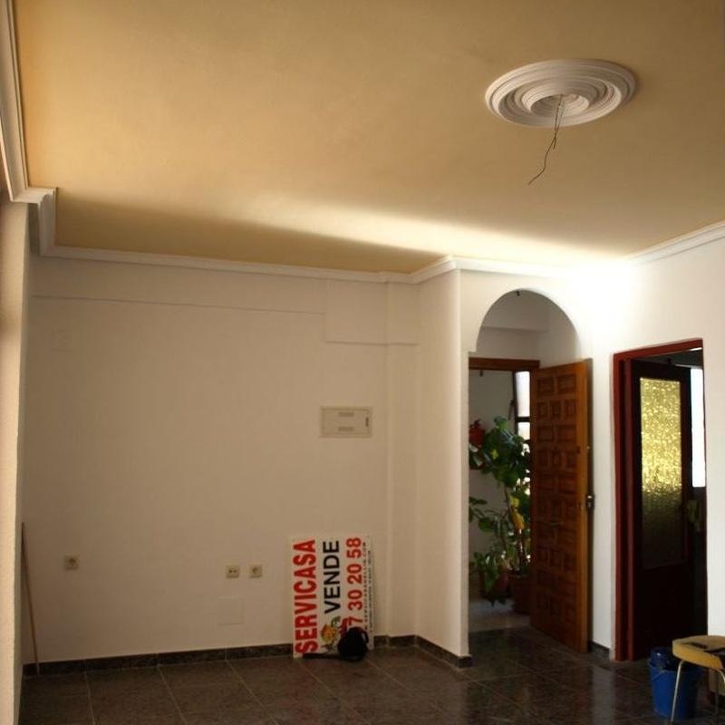 Piso en venta, Hellin.  65.000€: Compra y alquiler de Servicasa Servicios Inmobiliarios