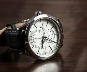 Elementos de un reloj de pulsera
