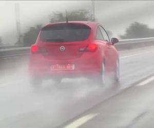 Conducción con lluvia